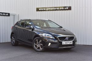 VOLVO V40 D2 CROSS COUNTRY LUX - 10077 - 1