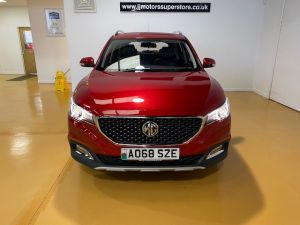 MG ZS  EXCLUSIVE - 8851 - 5