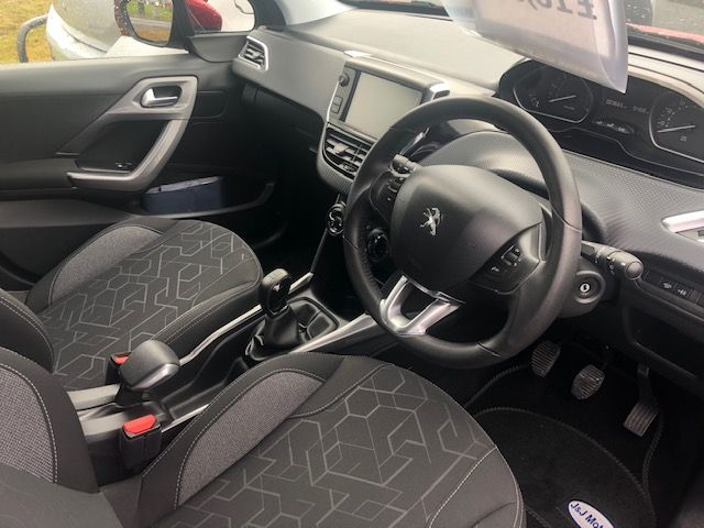 Used PEUGEOT 2008 in Crosshands, South Wales for sale