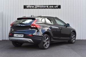 VOLVO V40 D2 CROSS COUNTRY LUX - 10077 - 8