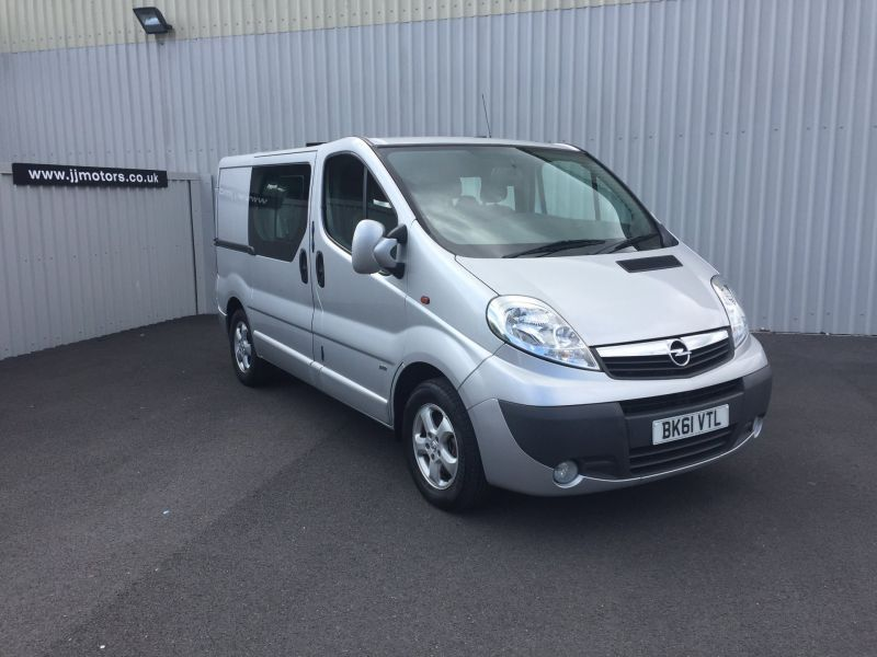 Used VAUXHALL VIVARO in Llanelli, South Wales for sale