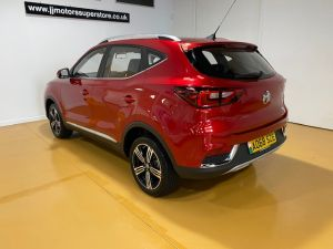 MG ZS  EXCLUSIVE - 8851 - 7