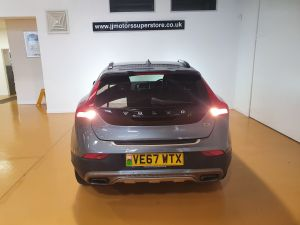 VOLVO V40 T3 CROSS COUNTRY PRO - 9026 - 7