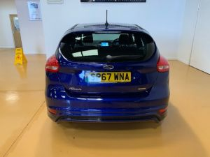 FORD FOCUS ST-LINE - 7610 - 6